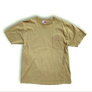 Tommy Olive pocket tee embroidered bow flag